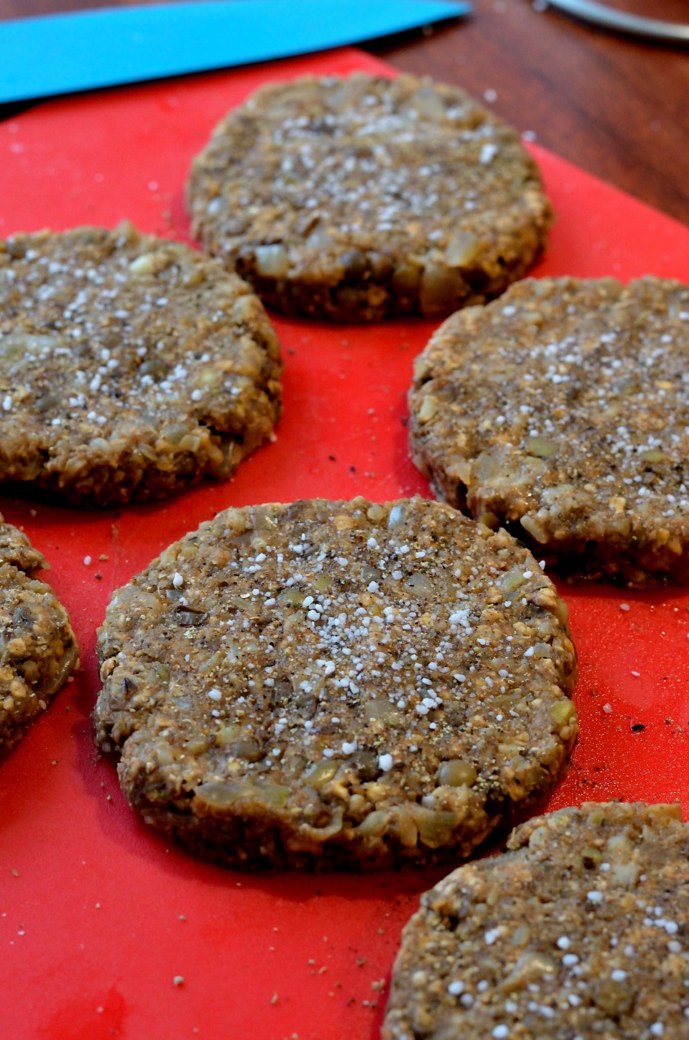 Instrukser til veganske burgerbøffer