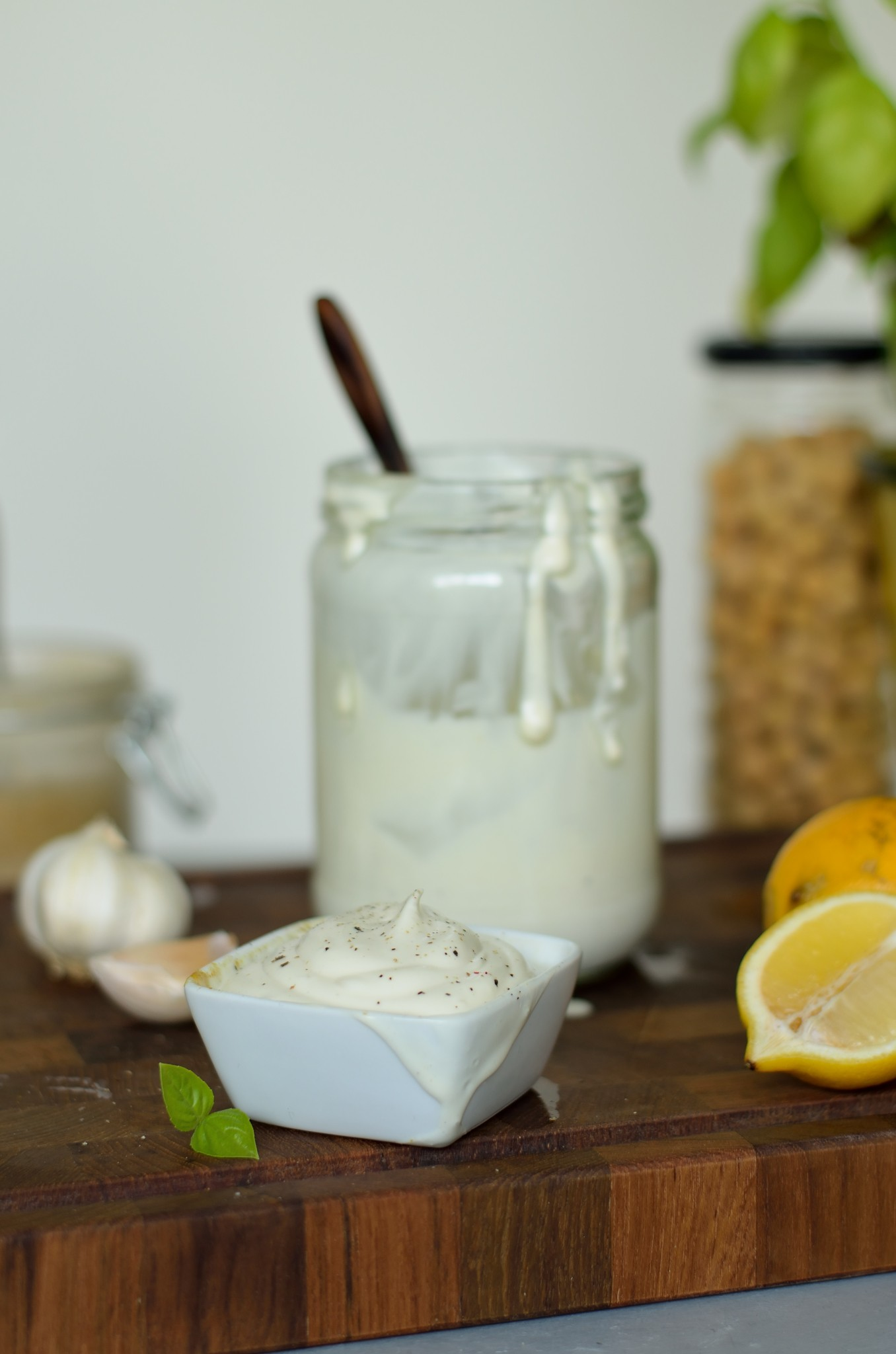 Møglækker Mayo - opskrift på vegansk mayonnaise med aquafaba