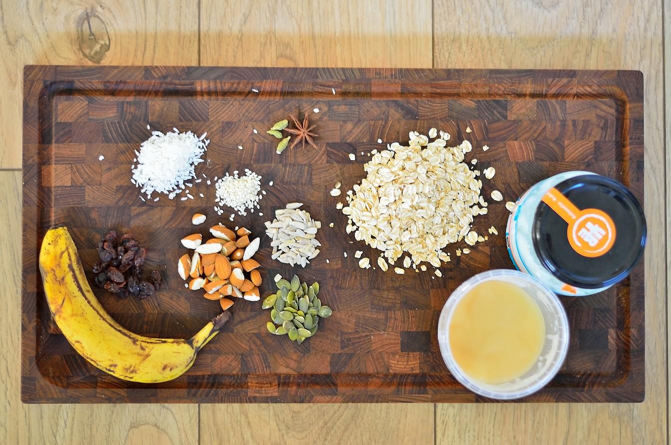 Sund-banan-og-kokos-granola-3