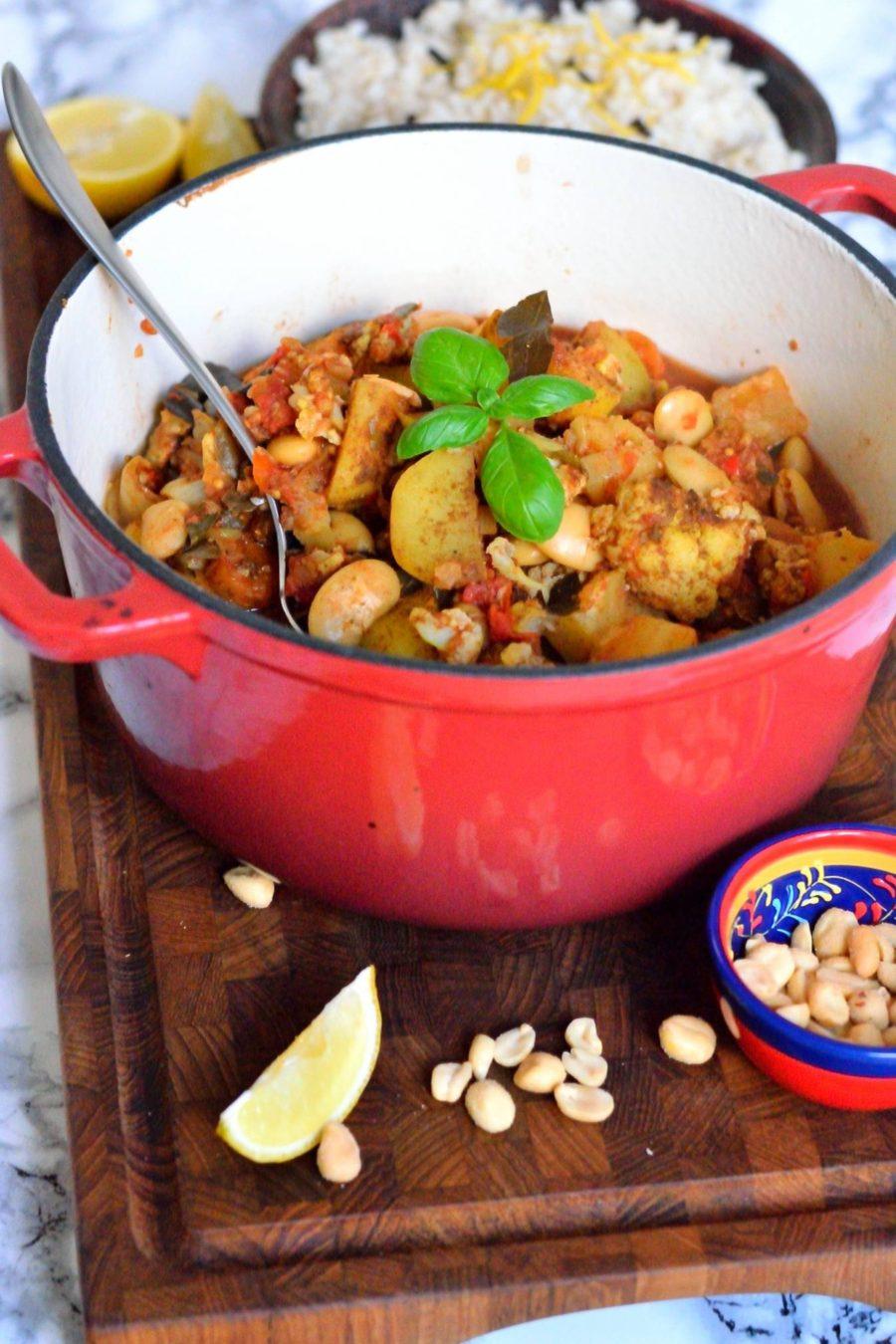 Vegansk curry med ananas og blomkål