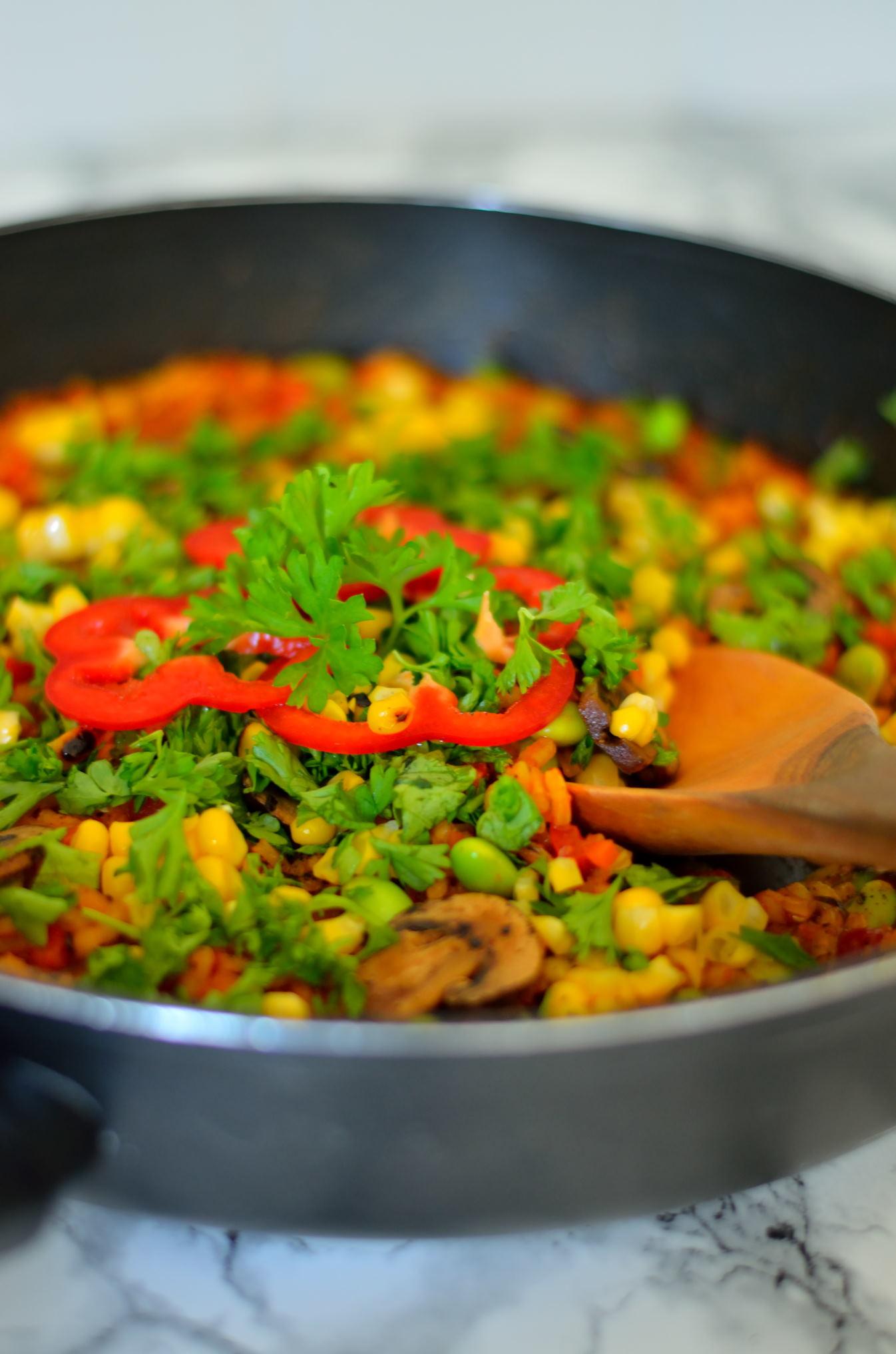 Vegansk grøntsagspaella