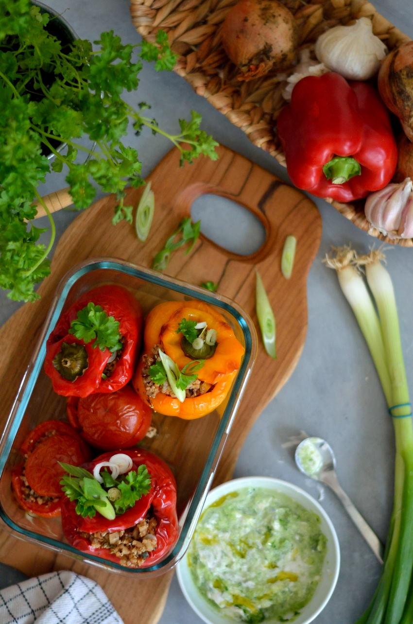 Græsk Yemista – langtidsbagte fyldte peberfrugter med quinoa