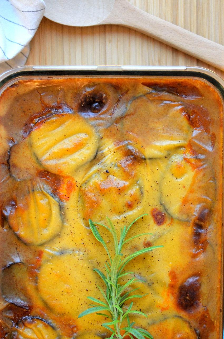 Moussaka med aubergine og kartofler